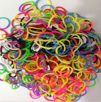 Hair Rubber Bands mixed color DIY Rainbow Loom Bracelets Rubber DIY Bands Twistz Bands Glow in the dark Neon glitter Mixed Style(600pcs Bands + 24pcs S-clips + 1pcs Hook)