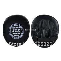 Wholesale 1PCS Black Boxing Training Focus Punch Glove Sanda Martial Thai Karate Hai Kick Kit Hot Sell TK0930