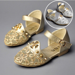 Wholesale New Summer Girls Lace Sandals Shoes Colors Children Princess Leather Shoes High Quality Gold Hollow Flower Baby shoes