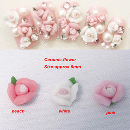 Wholesale Top Fashion Assorted Colors Ceramic Rose Flowers D Nail Art DIY Acrylic Tips Decoration Nail Accessories