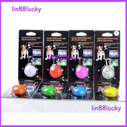 Wholesale Circular LED Pendant Puppy Safety Night Light Up Pet Dog Keychain Tags