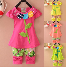 New Fashion 2014 Frozen Girls Clothing Sets Beautiful Clover Floral children Clothing Set Short Sleeves baby Kids sets Clothes