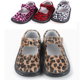 Wholesale infant shoes leopard printed fabric brown hot pink red black white toddlers flat sole for baby girls on sale New retail