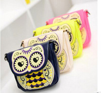 Wholesale Personality cartoon owl bags one shoulder cross body bag small mobile phone bag coin purse