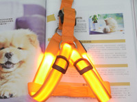 Wholesale Pet dog Harnesses LED chest straps Luminous traction rope flash straps chest and back