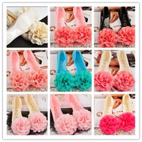 Wholesale Boutique Korean Style Rubber Jelly Rainshoes Women Flat Shoes Beautiful Lace Big Flower Lady Sandals Women s Beach Shoes pairs C2444