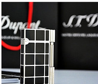 Wholesale Dupont lighters imported from Switzerland Quality broke boutique Black Silver luxurious silver and black checkered shipping