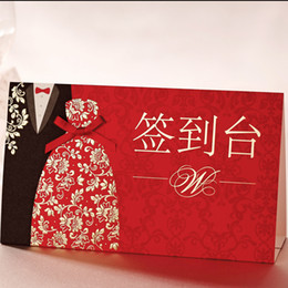 Wholesale Non Personalized Tuxedo amp Gown Cards Of Desk Signs with Golden Flower For Wedding Reception Decoration Supplies