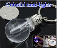 Wholesale Novelty LED Light Bulb Shaped Ring Keychain Flashlight Colorful Key Ring Keychain Lamp Rainbow Color Romantic Lover Key chain Bulb Necklace