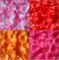 Satin wedding rose petals cheap - Cheap New Wedding Artificial Silk Red Rose Flower Petals For Wedding Party Decoration In Stock