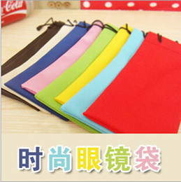 Wholesale New Colourful waterproof Sunglasses dustproof pouch Soft eyeglass bag glasses jewellery pocket cellphone bags