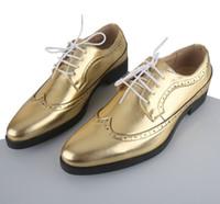 Wholesale NEW gold color Men s Wedding Shoes Mens breathable Leather Shoes Unique Men Casual Shoes size