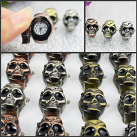Wholesale New Fashion Clamshell Stainless Steel Finger Watch Vintage Devil Head Stretch Quartz Watches Cheap Mix Order