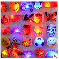 Wholesale blinking party supplies LED Lighted Toys Hot glowing toys children s multiple pattern assortments flash brooch a luminous street