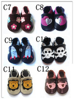 Wholesale Lovely styles of Genuine leather Baby soft sole shoes Infant Booties Baby Prewalker First walker shoes baby COW leather Crown sandals bootie