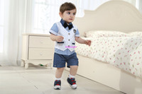 Wholesale Baby Boy Suit Black Plaid Shorts And T Shirt With Bow Tie White Jacket Blue Shorts Designer Clothes Cotton Kids Summer Clothing