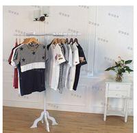 Wholesale The new clothing store hanger display shelf Wrought iron island landing shelf side hanging shelf