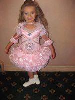 cupcake charm - 2014 Fashion Charming V Neck Pink Feathers Cupcake Dress With Necklace Beads Rhinestone Glitz Isabella Barrett Girls Pageant Dresses