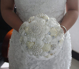 Wholesale 2014 Luxury Beige Wedding Bridal Bouquet with Handmade Rose Pearls And Diamonds Bride Holding Flowers High Quality DX307
