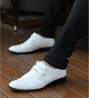 Wedges b unique shoes - 2016 Latest white Men s leather shoes Wedding shoes unique Joining together Groom dress shoes Dance shoes Gentleman shoes ENPX1