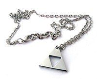 achat en gros de colliers zelda-The Legend of Zelda Triforce collier pendentif 2014 l'arrivée de nouveaux 24PCS Lot Livraison gratuite 0603B16CJP