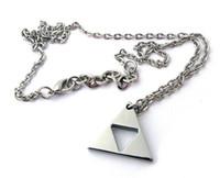 al por mayor collares zelda-The Legend of Zelda Trifuerza Collar colgante 2014 nueva llegada 24PCS Lot Envío gratis 0603B16CJP