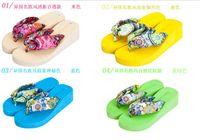 Wholesale Fashion Summer Bohemia silk slippers Flower flip flops platform wedges for women sandals platform flip slippers beach shoes