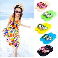 Wholesale Fashion Women s Sandals Cross Flat Shoes Women Summer Beach Flip Flops woman Slippers High Quality Women Sandals Diamand silk slippers