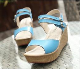 new 2014 Genuine leather women sandal platform sandals for women fashion summer shoes buckle wedge sandals ladies Sandalias 6075