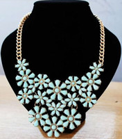 Wholesale 2014 New designer fashion gemstone flower statement necklace exquisite fashion chunky chain chokers colors high quality hot sale