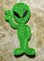 1.4 * 3.1 inch alien ufos - UFO Alien Green Cartoon iron on patches Sew on applique Guaranteed Quality Appliques