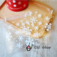Wholesale opp self adhesive Christmas theme transparent snow flake pattern decoration dessert cookie bags package supplies