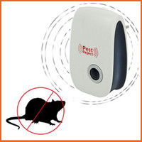 Wholesale Home Daily Latest Enhanced Version of the High tech Electronic Anti mosquito Ultrasonic Pest Repeller Rodent EU Plug Pest Reject