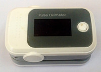 Wholesale Free DHL UPS FEDEX shipping New pulse oximeter with beep and alarm function OLED screen Heart rate monitor oximetry pedometer
