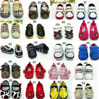 Wholesale Baby boy brand shoes non slip unisex sports children shoes cm cm toddler baby prewalker First Walkers