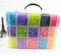 Wholesale Rainbow loom in Europe and the rainbow loom bracelet woven elastic layer medium plastic box family suits