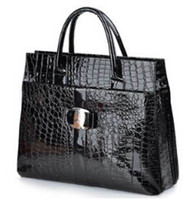 Wholesale Fashion Crocodile Pattern Tote Bags Top Zipper Closure Handbags Leather Quilted Bags Fine Buckle Bags