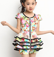 Wholesale 2014 Summer Children s Clothing Set Printed Kids Suits Round Neck Short Sleeve Party Fashion Sweet Style M0002