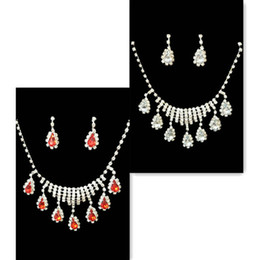 Wholesale Supply large S models with beautiful bridal necklace