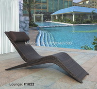 Wholesale outdoor furniture beautiful shape artificial rattan beach chair with cm cushion F1022