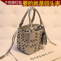Retro Tassel Bucket Skulls Shoulder Bag Fashion Bag 36