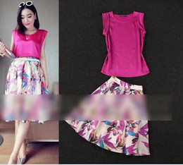 Wholesale Elegant Women Sets sleeveless hot pink vest Tops Shirt georgette Skirts Suit Sexy Lady Outfits Europe weman clothing set K0453