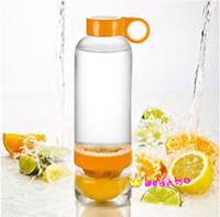 Wholesale 830ml NEW High Quality Lemon Bottle Cup Korea Citrus Zinger Juice Source Vitality Water Bottle Fruit Juicing Kettle Lemon cup