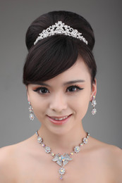 Wholesale Colorful Flower Bridal Necklace and Earrings Fauxl Rhinestone Crown Bridal Jewel Set Wedding Accessory