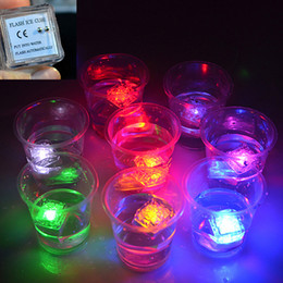Wholesale Led Water actived Light Ice Cube Flash Light Colors Auto Changing Crystal Cube for Party Wedding Christmas Beautiful Decoration Goods