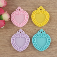 Wholesale Assorted mm Inner Size mm Heart Flatback Resin Cameo Frame Resin Base Setting Jewelry Setting Planar Resin Cameo Cabochon Pendants