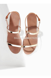 Packages mailed 2014 new fashionable metal thin flat with female sandals with Rome