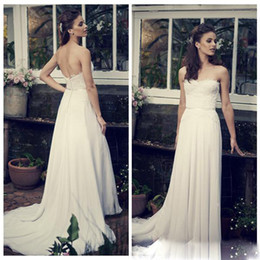 Bohemian Backless Lace Beach Wedding Dresses Ivory Strapless Open Back Floor Length Chiffon Sheath White Bridal Gowns