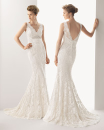Wholesale Exquisite V Neck Sleeveless Backless Sheath Sweep Train White or Ivory Full Lace with Rhinestone Wedding Dresses Wedding Gowns for Beach