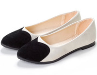 Wholesale Classic Flats PU Flock Splice Black and white stitching Heart shaped Punt shoes Woman Comfort Shoes Size US5 US9